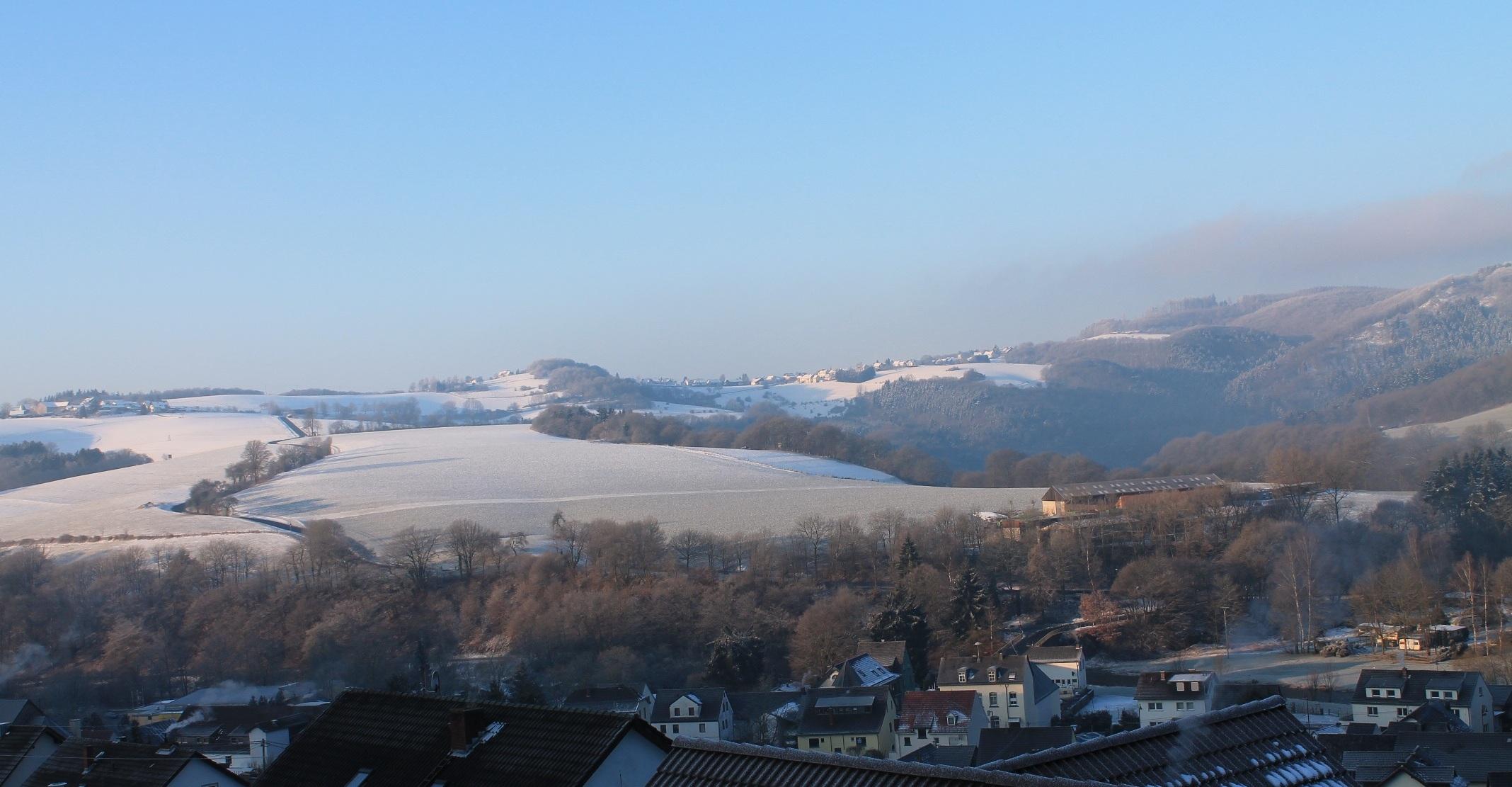 Blick über Roßbach Richtung Reifert